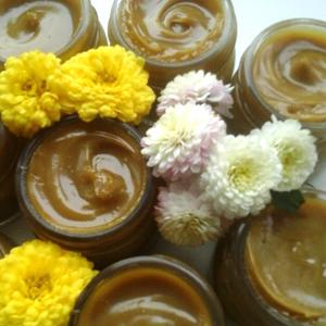 Creme, unguente, sapunuri, lotiuni si uleiuri tratament - din plante