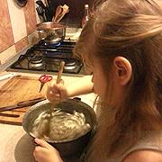 Micii Masterchefi - ce poți face cu copilul în bucătărie